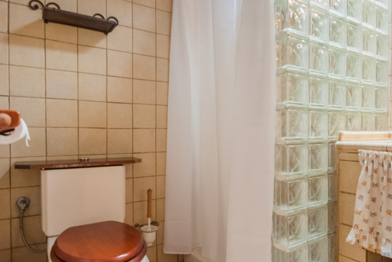 Casa rústica + finca en Pinolere